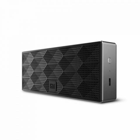 black-speaker