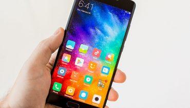 پنل منعطف Mi Note 2 ساخت LG است