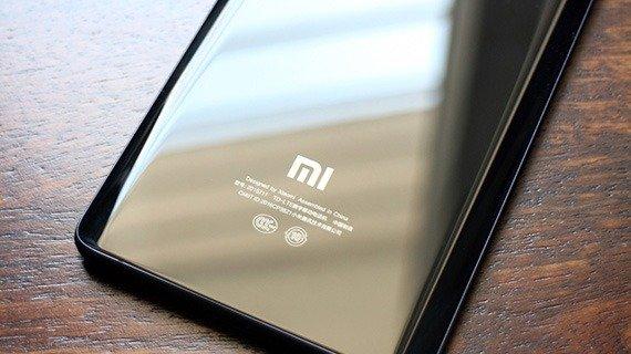 نسخه جهانی Xiaomi Mi Note 2 نیز عرضه میشود