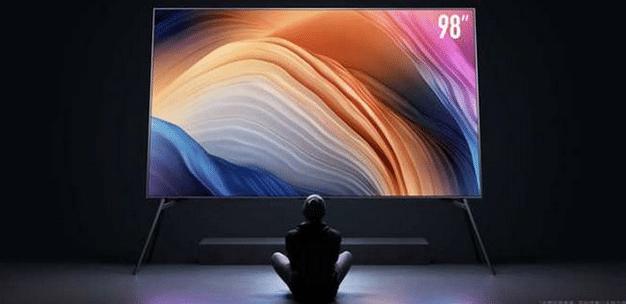 شیائومی و کسب رکورد فروش تلویزیون غول پیکر 98 اینچی